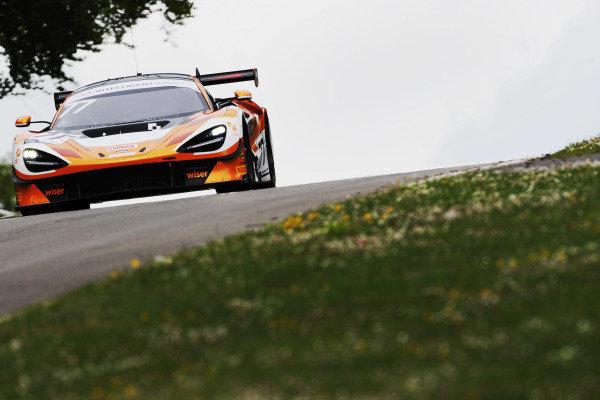 Morgan Tillbrook / Marcus Clutton - Enduro Motorsport McLaren 720S GT3