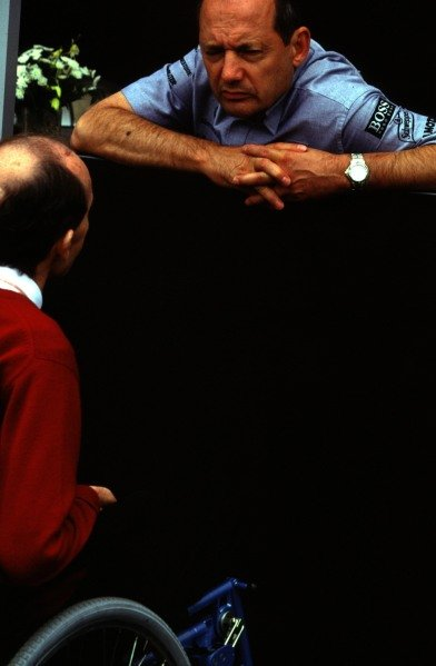 1998 French Grand Prix.Magny-Cours, Nevers, France.26-28 June 1998.Ron Dennis chats with Frank Williams.World Copyright - LAT Photographic