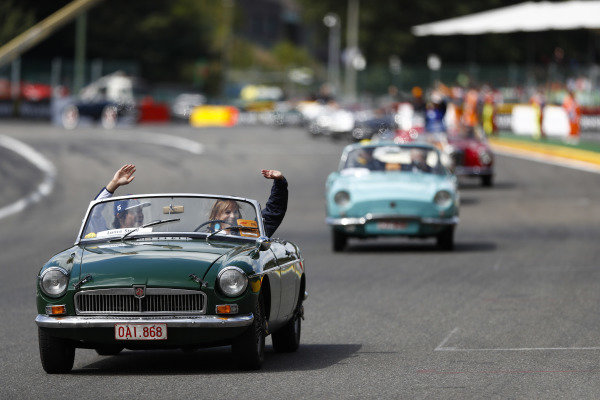 Lance Stroll, Williams Racing, waves from an MG, on the drivers' parade.