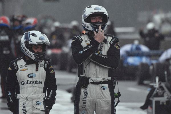 Max Chilton, Carlin Chevrolet, crew