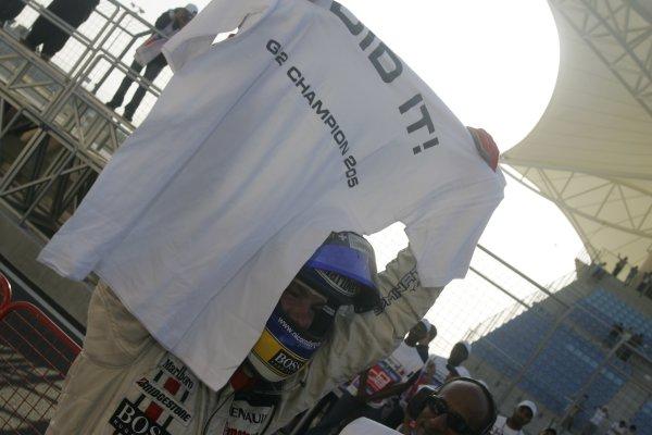 2005 GP2 Series - BahrainSakhir, Bahrain28th-30th September 2005Friday Race 22005 GP2 Champion Nico Rosberg (D, ART Grand Prix) celebrates his victory with his team.Copyright: GP2 Series Media Service ref: Digital Image Only