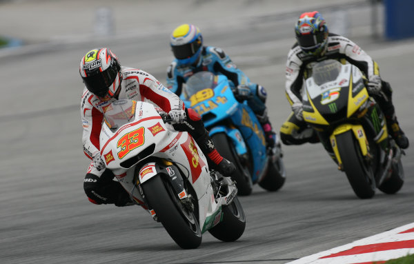 Marco Melandri San Carlo Honda Gresini battles with Bautista and Edwards