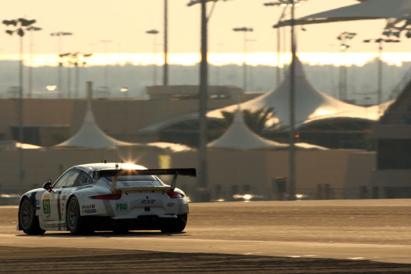 2014 World Endurance Championship, Bahrain International Circuit, Sakhir, Bahrain 13th-15th November, 2014. J?rg BERGMEISTER, Richard LIETZ, Porsche 911 RSR  World copyright: Lord/Ebrey/LAT Photographic