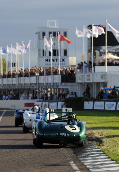 2015 Goodwood Revival Meeting Goodwood Estate, West Sussex, England 11th - 13th September 2015 Sussex Trophy Newall Aston Martin World Copyright : Jeff Bloxham/LAT Photographic Ref : Digital Image DSC_1397