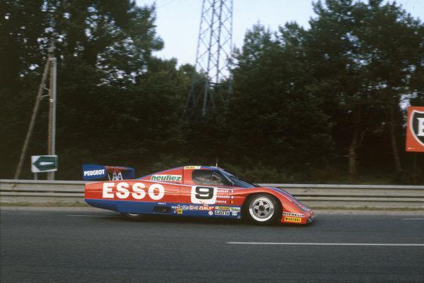 1982 Le Mans 24 hours. Le Mans, France. 19th - 20th June 1982. Michel Pignard / Jean-Daniel Raulet / Didier Theys (WM P82 Peugeot), retired, action. World Copyright: LAT Photographic. Ref: 82LM28.