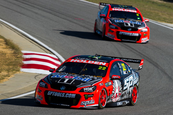 2015 V8 Supercars Round 3. Perth Super Sprint, Barbagallo Raceway, Western Australia, Australia. Friday 1st May - Sunday 3rd May 2015. James Courtney drives the #22 Holden Racing Team Holden VF Commodore  World Copyright: Daniel Kalisz/LAT Photographic Ref: Digital Image V8SC15_PERTHR3_DKIMG0156.JPG