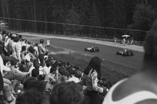 1970 Austrian Grand Prix Osterreichring, Speilberg, Austria. 16th August 1970. George Eaton (B.R.M. P153), 11th position leads Jo Siffert (March 701-Ford), 9th position, action. World Copyright: LAT Photographic. Ref: L70 - 905 - 5A.