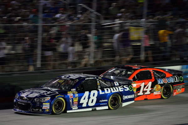 22-23 August, 2014, Bristol, Tennessee USA Jimmie Johnson, Jeff Burton ?2014, John Harrelson / LAT Photo USA
