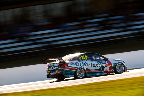 2017 Supercars Championship Round 4.  Perth SuperSprint, Barbagallo Raceway, Western Australia, Australia. Friday May 5th to Sunday May 7th 2017. Craig Lowndes drives the #888 TeamVortex Holden Commodore VF. World Copyright: Daniel Kalisz/LAT Images Ref: Digital Image 050517_VASCR4_DKIMG_1592.JPG