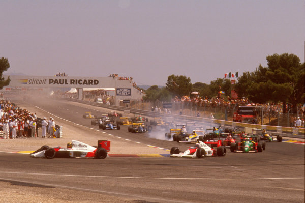Paul Ricard, Le Castellet, France.7-9 July 1989.Mauricio Gugelmin (March CG891 Judd) has a huge crash on the start of the race at Epingle Ecole.Ref-89 FRA 05.World Copyright - LAT Photographic