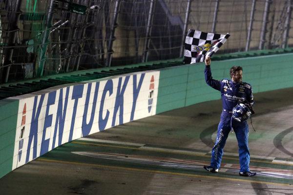 #78: Martin Truex Jr., Furniture Row Racing, Toyota Camry Auto-Owners Insurance celebrates his win