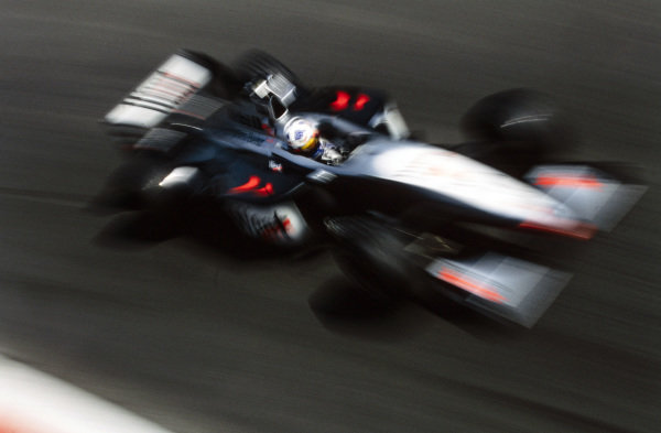 David Coulthard, McLaren MP4-13 Mercedes.