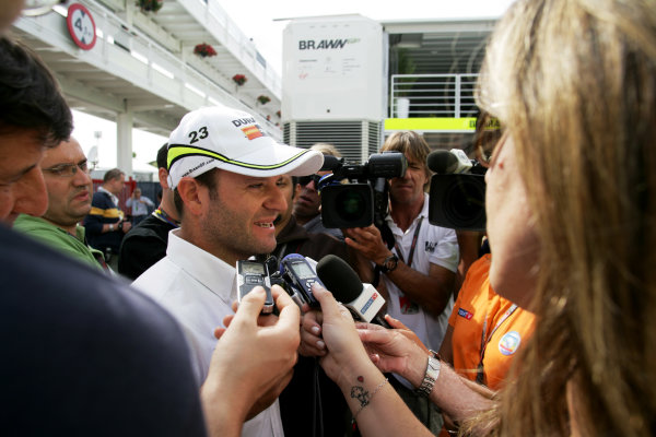 Circuit de Catalunya, Barcelona, Spain8th May 2009Rubens Barrichello, Brawn GP BGP001 Mercedes gives an interview in the paddock. Portrait.World Copyright: Charles Coates/LAT Photographicref: Digital Image ZK5Y1161