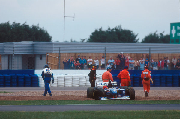 Silverstone, England.14-16 July 1995.Damon Hill (Williams FW17 Renault) after having a collision with Michael Schumacher on lap 46.Ref-95 GB 03.World Copyright - LAT Photographic
