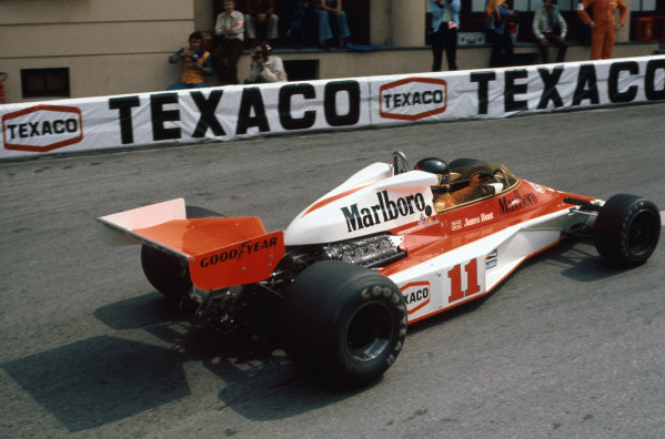 Monte Carlo, Monaco. 27th - 30th May 1976. James Hunt (McLaren M23-Ford), retired, action.  World Copyright: LAT Photographic.  Ref:  76 MON 69.