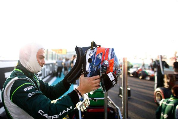 Yas Marina Circuit, Abu Dhabi, United Arab Emirates. Sunday 23 November 2014. Will Stevens, Caterham F1. World Copyright: Glenn Dunbar/LAT Photographic. ref: Digital Image _89P7182