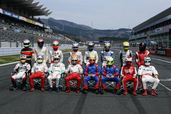2008 Japanese Formula Three ChampionshipFuji Speedway, Japan. Rounds 1 & 25th - 6th April 2008.2008 Drivers - group photo.World Copyright: Yasushi Ishihara / LAT Photographicref: Digital image 2008JF3_Rd1_010