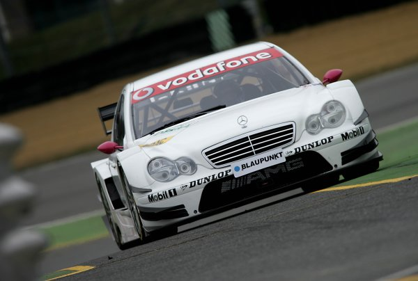 2006 DTM Testing Brands Hatch, England. 20th March 2006. Susie Stoddart, AMG-Mercedes C-Klass. Action. World Copyright: Gary Hawkins/LAT Photographic ref: Digital Image Only.