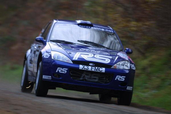 2001 FIA World Rally Championship.Rally Of Great Britain. Cardiff, Wales. November 22-25th.Mark Higgins, Ford Focus RS WRC.Stage One.Photo: Paul Dowker/LAT Photographic.World - LAT Photographic.8 9mb DIgital File Only