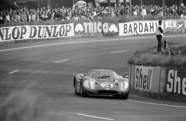 Mario Andretti / Lucien Bianchi, Holman Moody Racing, Ford GT40 Mk4.