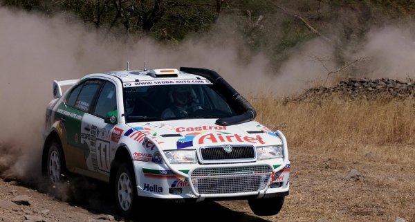 2000 World Rally ChampionshipRound 3, Safari WRC25th - 27th Feb 2000Armin Schwarz - Skoda, action.Photo: McKlein/LAT