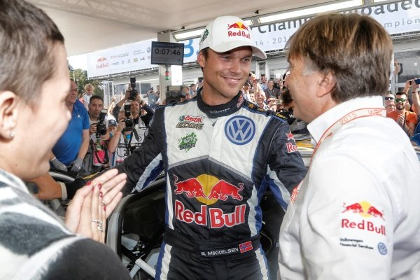 Andreas Mikkelsen (NOR) Volkswagen WRC celebrates the race win at FIA World Rally Championship, Rd12, RAAC Rally de Espana, Day Three, Costa Daurada, Catalunya, Spain, 25 October 2015.