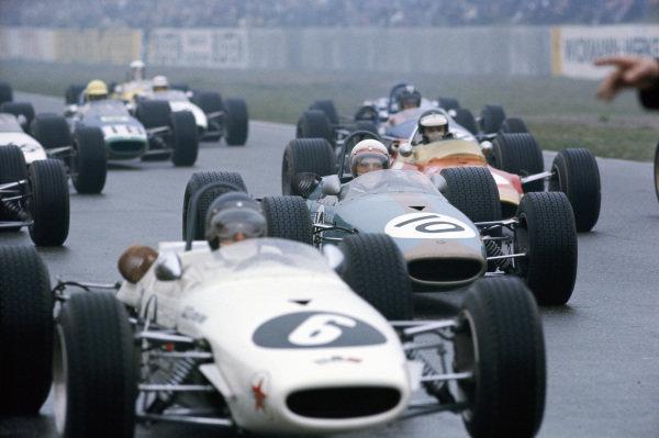Kurt Ahrens Jr, Brabham BT23C Cosworth leads Derek Bell, Frank Williams Racing Cars, Brabham BT23C Cosworth and Jim Clark, Gold Leaf Team Lotus, Lotus 48 Cosworth at the start.