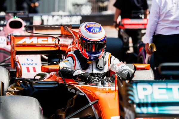 Monte Carlo, Monaco. Saturday 27 May 2017. Jenson Button, McLaren, in Parc Ferme after Qualifying. World Copyright: Glenn Dunbar/LAT Images ref: Digital Image _X4I9265