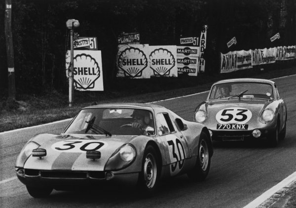 Le Mans, France. 20th - 21st June 1964. Colin Davis/Gerhard Mitter (Porsche 904/8), retired, leads Clive Baker/Bill Bradley (Austin-Healey Sprite), 24th position, action.  World Copyright: LAT Photographic. Ref: B/WPRINT.