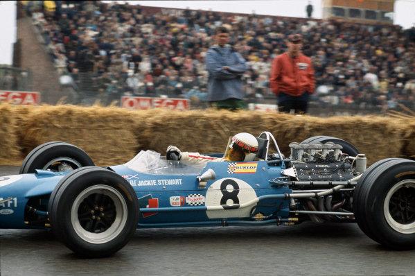 Zandvoort, Holland. 21-23 June 1968.Jackie Stewart (Matra MS10 Cosworth) 1st position.Ref - 68HOL08World Copyright: LAT Photographic