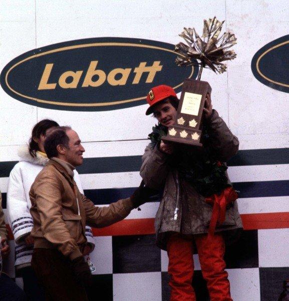 1978 Canadian Grand Prix.Montreal, Quebec, Canada.6-8 October 1978.Gilles Villeneuve (Ferrari 312T3), 1st position. Villeneuve receives his trophy from Pierre Trudeau, Prime Minister of Canada.World Copyright - LAT Photographic