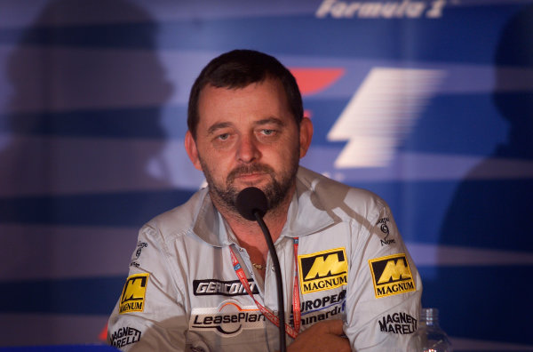 2001 Italian Grand PrixMonza, Italy. 14th September 2001.Paul Stoddart, European Minardi, portrait.World Copyright: Steve Etherington/LAT Photographicref: 16mb Digital Image Only