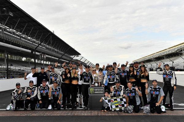 #4: Kevin Harvick, Stewart-Haas Racing, Ford Mustang Mobil 1 wins