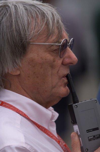 2000 Brazilian Grand Prix.Interlagos, Sao Paulo, Brazil.24-26 March 2000.FIA Vice-President Bernie Ecclestone.World Copyright - LAT Photographic