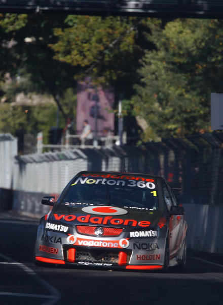 Round 4 - Hamilton 400.Hamilton City Street Circuit, Hamilton, New Zealand.17th - 18th April 2010.Car 1, Jamie Whincup, Commodore VE, Holden, T8, TeamVodafone, Triple Eight Race Engineering, Triple Eight Racing.World Copyright: Mark Horsburgh / LAT Photographicref: 1-Whincup-EV04-10-5363