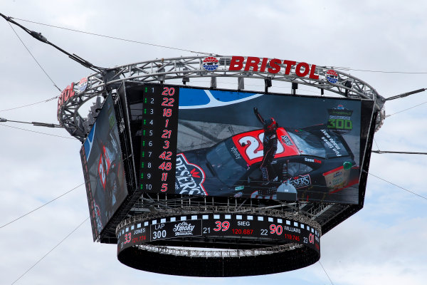 NASCAR Xfinity Series Fitzgerald Glider Kits 300 Bristol Motor Speedway, Bristol, TN USA Saturday 22 April 2017 Erik Jones, Reser's American Classic Toyota Camry World Copyright: Lesley Ann Miller LAT Images ref: Digital Image lam_170422BMS34762