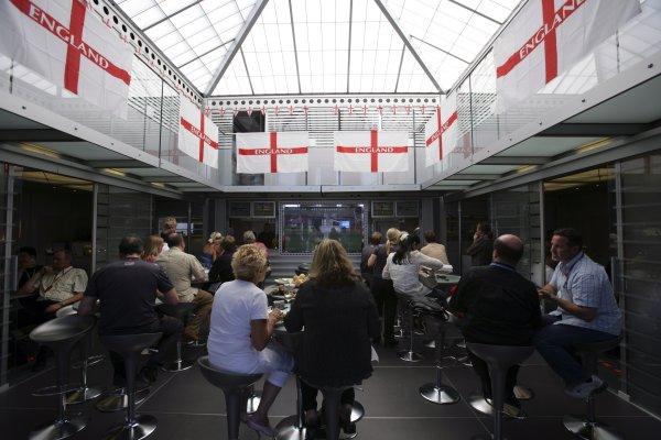2006 British Grand Prix - Saturday Qualifying Silverstone, England. 8th - 11th June. England flags in the McLaren Mercedes F1 hospitality unit, atmosphere. World Copyright: Lorenzo Bellanca/LAT Photographic ref: Digital Image ZD2J3560