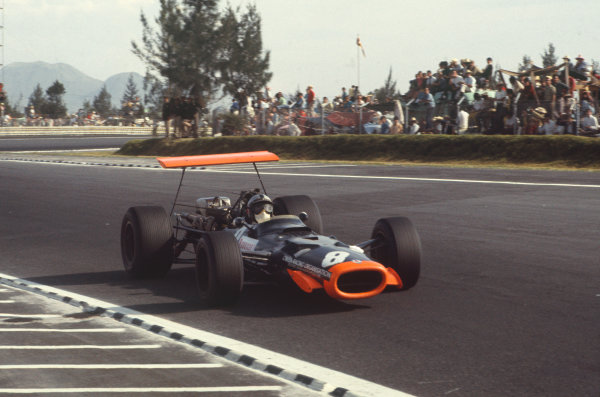 1968 Mexican Grand Prix.  Mexico City, Mexico. 1st-3rd November 1968.  Pedro Rodriguez, BRM P133, 4th position.  Ref: 68MEX62. World Copyright: LAT Photographic