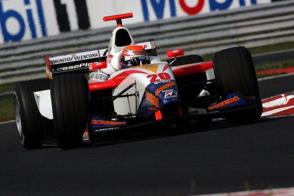 Juan Cruz Alvarez (ARG) Campos Racing. GP2, Rds 15 & 16 Practice, Hungaroring, Hungary, 29 July 2005. DIGITAL IMAGE