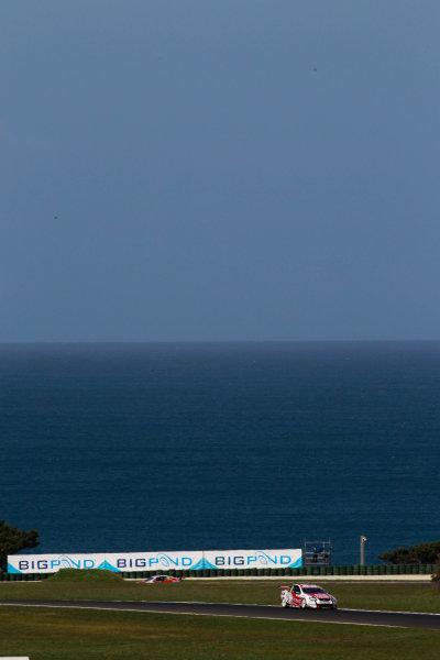 Round 9 - L&H Phillip Island 500.Phillip Island, New South Wales, Australia.10th - 12th  September 2010.Cameron McConville,Car 2,Commodore VE,Garth Tander,HRT,Holden,Toll Holden Racing TeamWorld Copyright: Mark Horsburgh / LAT Photographic.ref: 2-HRT-EV09-10-3412