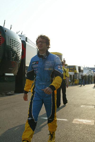 2003 San Marino Grand Prix - Friday 1st Qualifying, Imola, Italy. 18th April 2003. Jarno Trulli, Renault R23, portrait. World Copyright LAT Photographic. ref: Digital Image Only.
