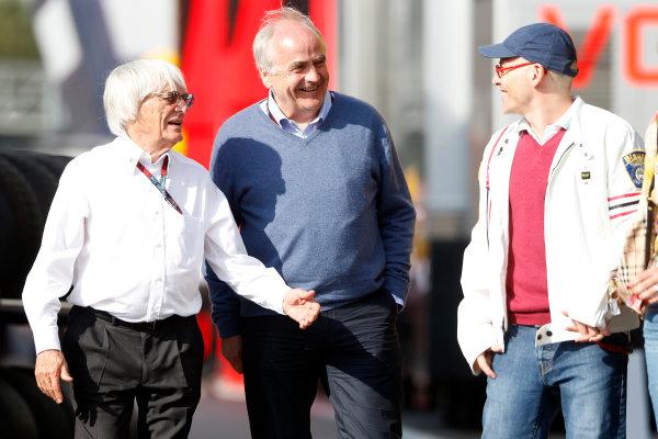 Circuit de Catalunya, Barcelona, Spain 11th May 2013 Bernie Ecclestone, CEO, FOM, and Jacques Villeneuve. World Copyright: Charles Coates/LAT Photographic ref: Digital Image _N7T5271