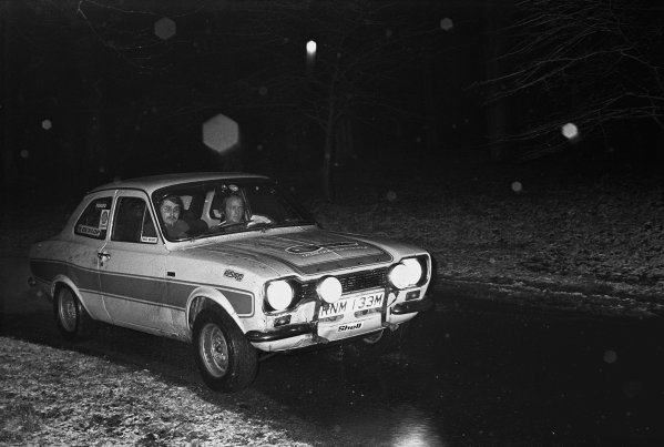 Servais Rally, North Norfolk. 5th - 6th April 1975.Mick Briant/John McKerrell (Ford Escort RS2000), 1st position, action. World Copyright: LAT Photographic.Ref:  7296 - 22.