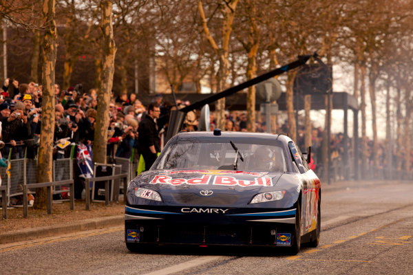 Milton Keynes.  Saturday 10th December 2011.David Coulthard drives the Red Bull Racing NASCAR during the Red Bull Racing home run.Photo: Alastair Staley/LAT Photographic.Ref: Digital Image AS5D7225 jpg