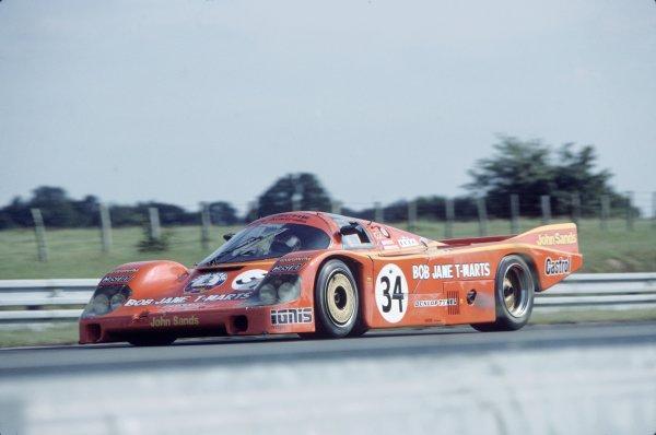 1984 Le Mans 24 hours. Le Mans, France. 16th - 17th June 1984. Peter Brock/Larry Perkins (Porsche 956), retired, action.  World Copyright: LAT Photographic. ref: 84LM18.