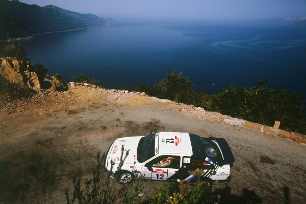 Tour de Corse, Corsica, France. 3 - 6 May 1988. Rd 5.Carlos Sainz/Lu's Moya (Ford Sierra RS Cosworth), 5th position, action. World Copyright: LAT PhotographicRef: 88RALLY15