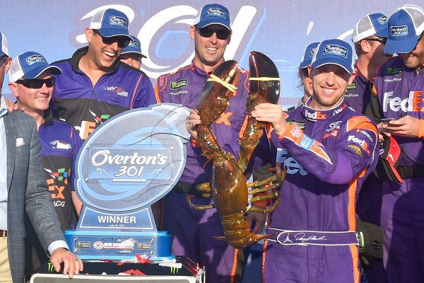Monster Energy NASCAR Cup Series Overton?s 301 New Hampshire Motor Speedway, Loudon, NH USA Sunday 16 July 2017 Denny Hamlin, Joe Gibbs Racing, FedEx Office Toyota Camry lobster World Copyright: Rusty Jarrett LAT Images