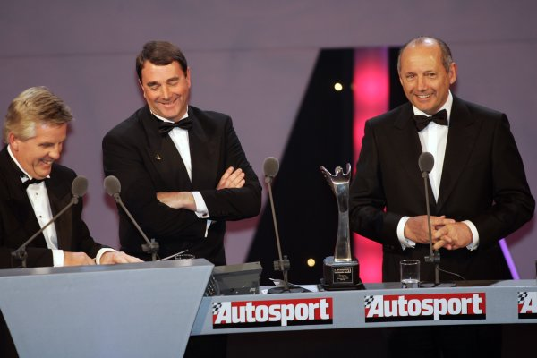 2005 Autosport AwardsGrosvenor House, London. 4th December.Steve Rider, Nigel Mansell and Ron Dennnis.World Copyright: Malcolm Griffiths/LAT Photographicref: Digital Image Only