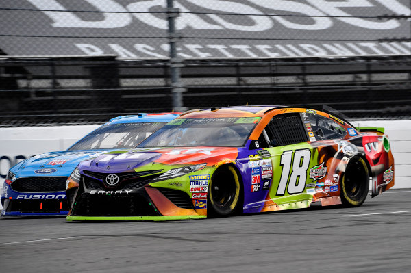 Monster Energy NASCAR Cup Series First Data 500 Martinsville Speedway, Martinsville VA USA Sunday 29 October 2017 Kyle Busch, Joe Gibbs Racing, M&M's Halloween Toyota Camry World Copyright: Rusty Jarrett LAT Images