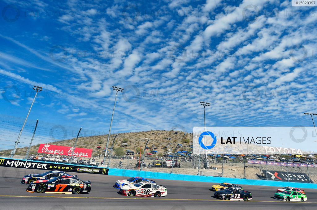 Monster Energy NASCAR Cup Series Can-Am 500 Phoenix Raceway, Avondale, AZ USA Sunday 12 November 2017 Ricky Stenhouse Jr, Roush Fenway Racing, Robert Yates Tribute Ford Fusion World Copyright: Nigel Kinrade LAT Images